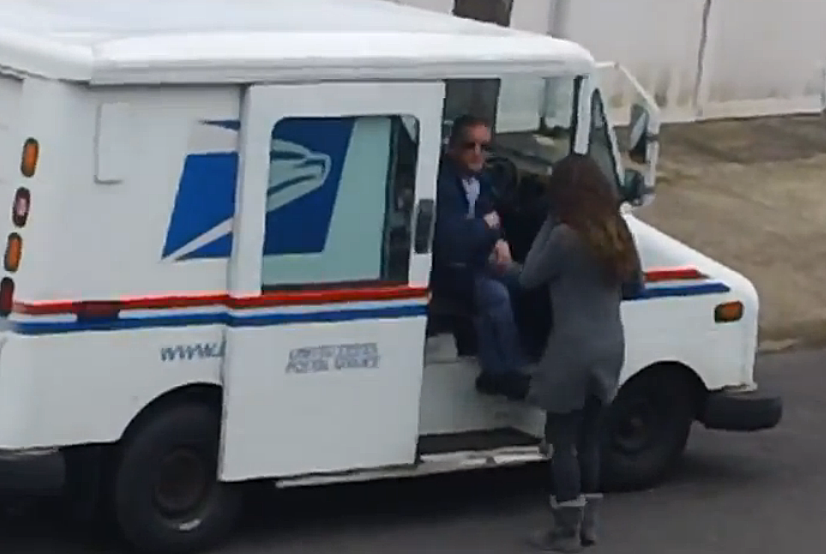 Mailman comes by for sex