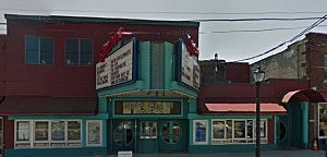 Spectrum 8 Theater front of building