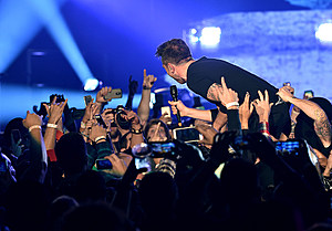 The 25th Annual KROQ Almost Acoustic Christmas - Day 1